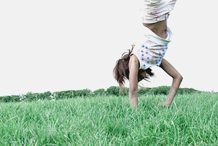 girl doing an handstand